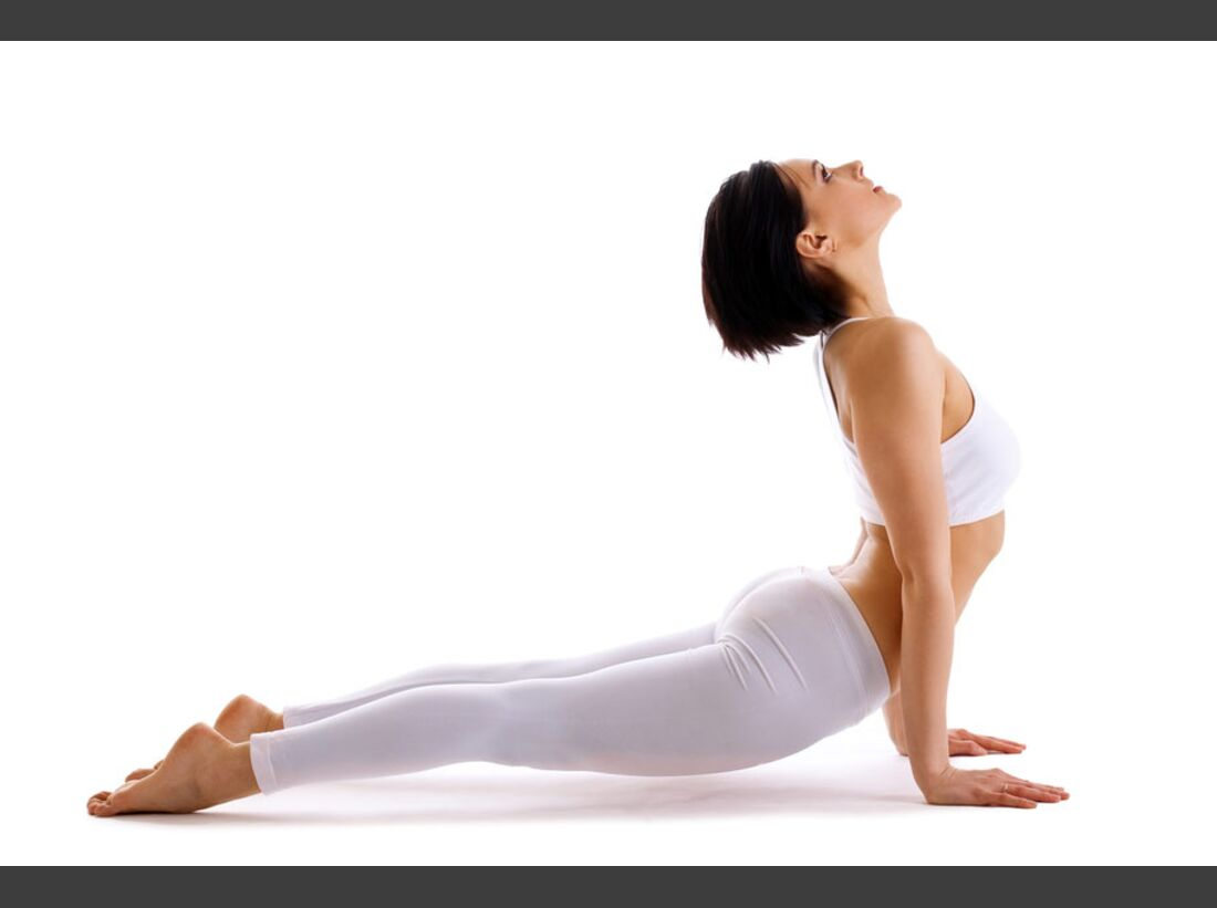 AL-Yoga-hinaufschauender-Hund-shutterstock-fuer-burmester-0113-shutterstock_78943759 (jpg)