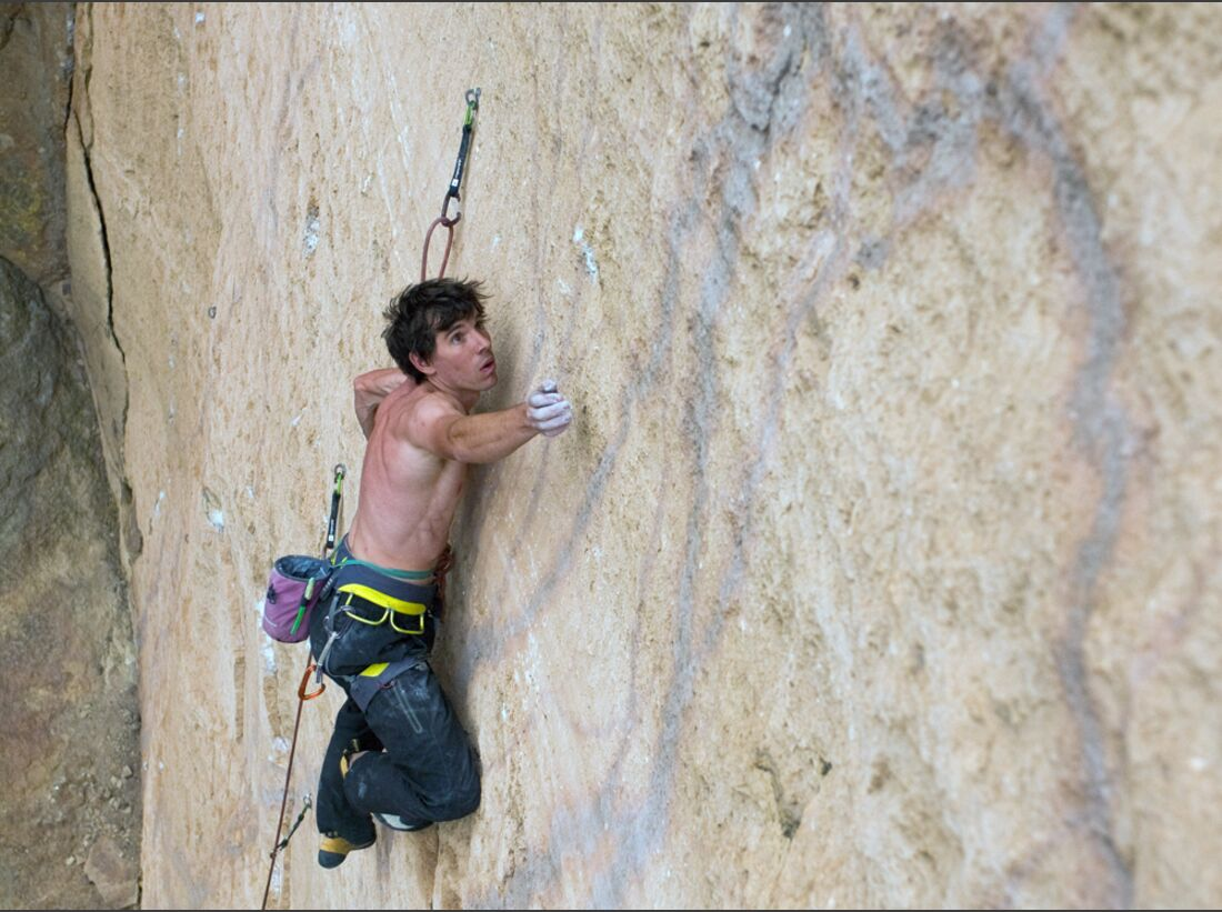 KL-Alex-Honnold-c-Honnold-Collection_4 (jpg)