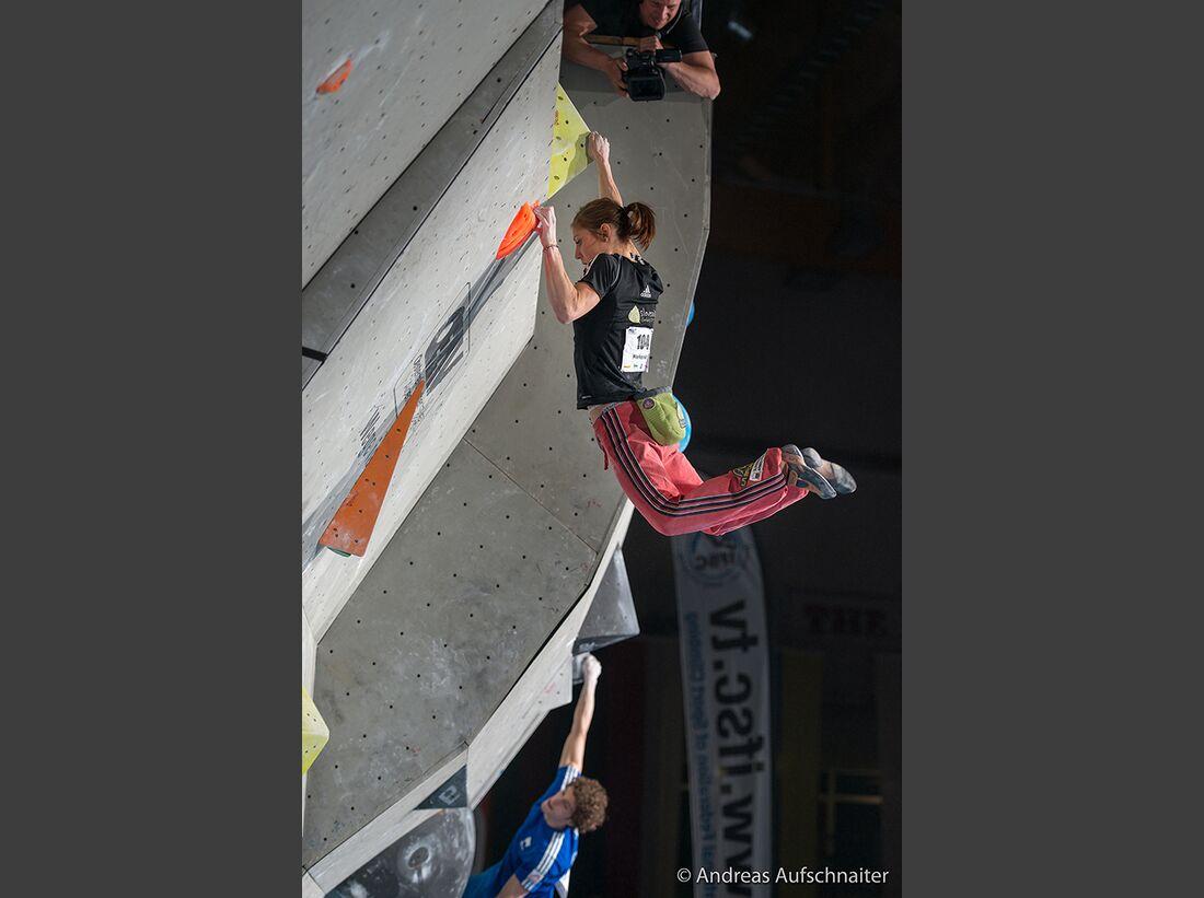 KL-Boulder-Weltcup-Kitzbuehel-2013-Mina-Markovic_DSC2276 (jpg)