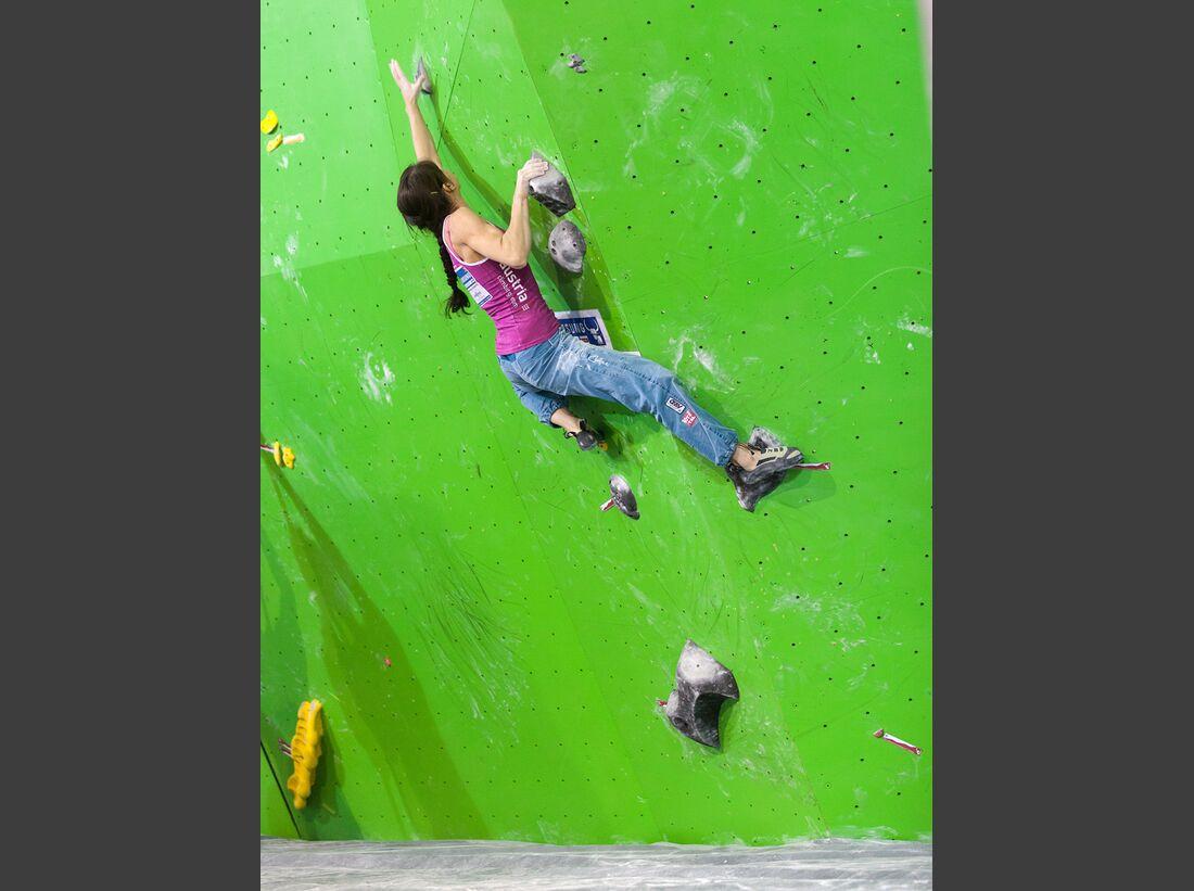 KL-Boulder-Weltcup-Log-Dragomer-13-HW-130511-boulder-worldcup-log-dragomer-bacher_hf (jpg)
