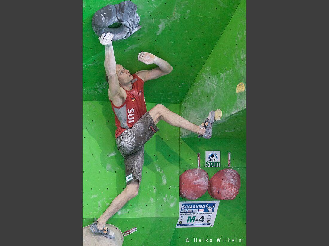 KL-Boulder-Weltcup-Log-Dragomer-13-HW-130512-boulder-worldcup-log-dragomer-2365 (jpg)