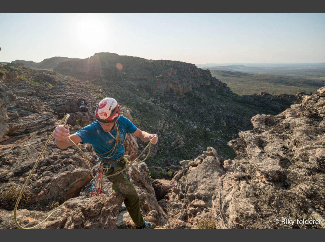 KL-Bouldern-Rocklands-Suedafrika-James-Pearson-Caroline-Ciavaldini-9035 (jpg)