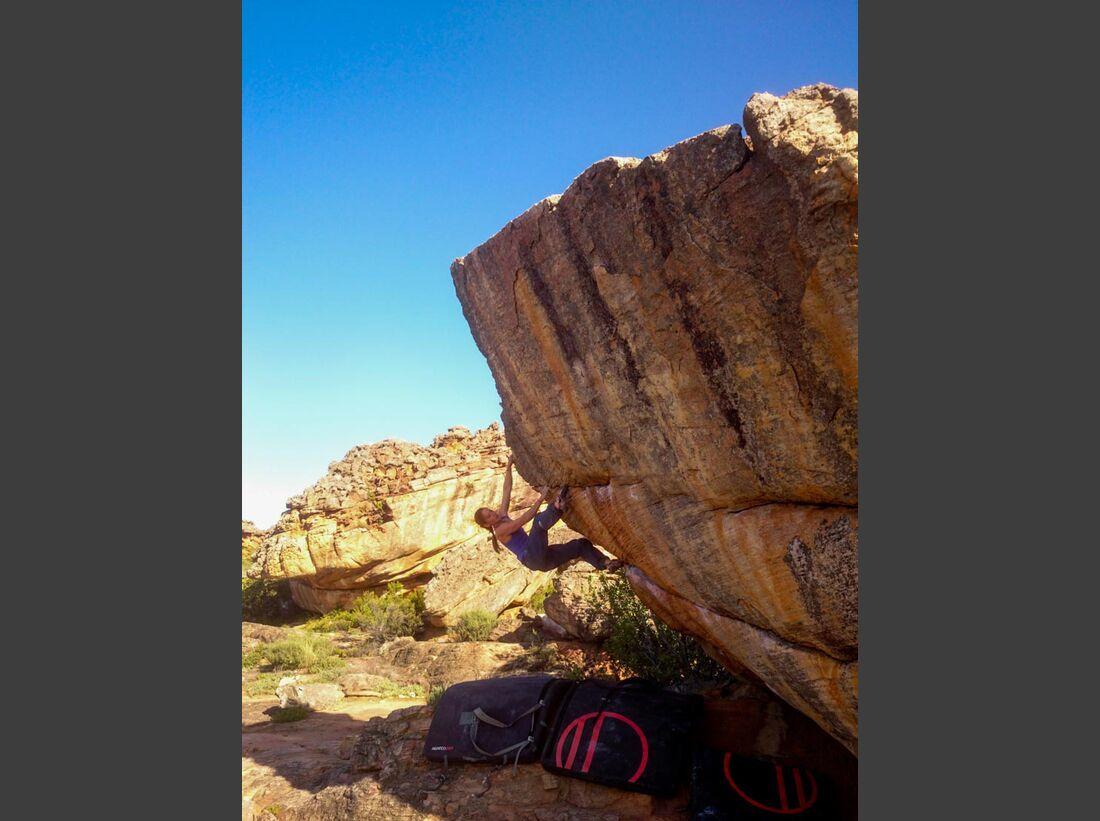 KL-Bouldern-Rocklands-Suedafrika-James-Pearson-Caroline-Ciavaldini-L-chauffe (jpg)