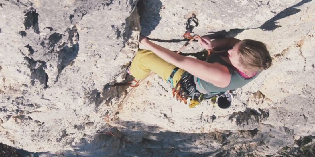 KL Cora Schubert Jumpscare Leon Buchholz Mov