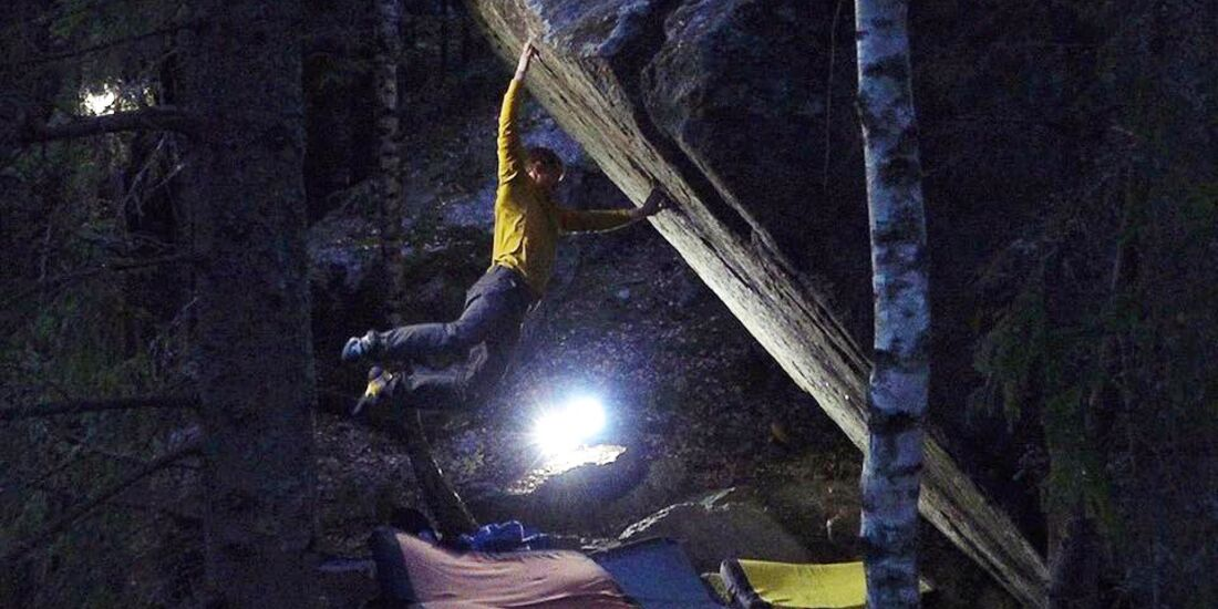 KL Nalle Hukkataival bouldert Burden of Dreams (Fb 9a), formerly Lappnor Project
