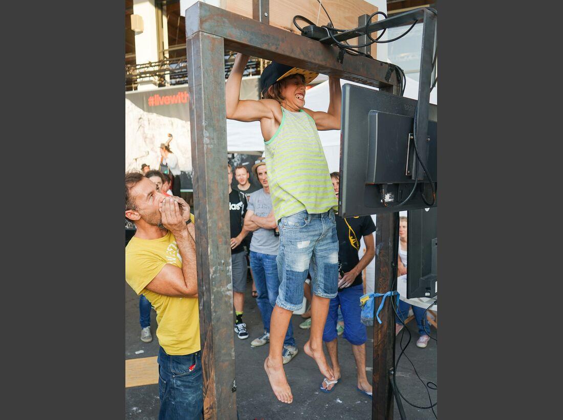 KL-Outdoor-Messe-2015-c-Ralph-Stoehr-Zlagboard-Contest-15-07-15-Outdoor-A7-172 (jpg)