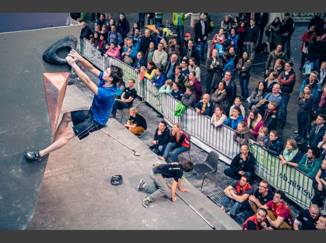 KL-deutscher-jugend-bouldercup-hannover-2015-c-Thomas-Schermer-9 (jpg)