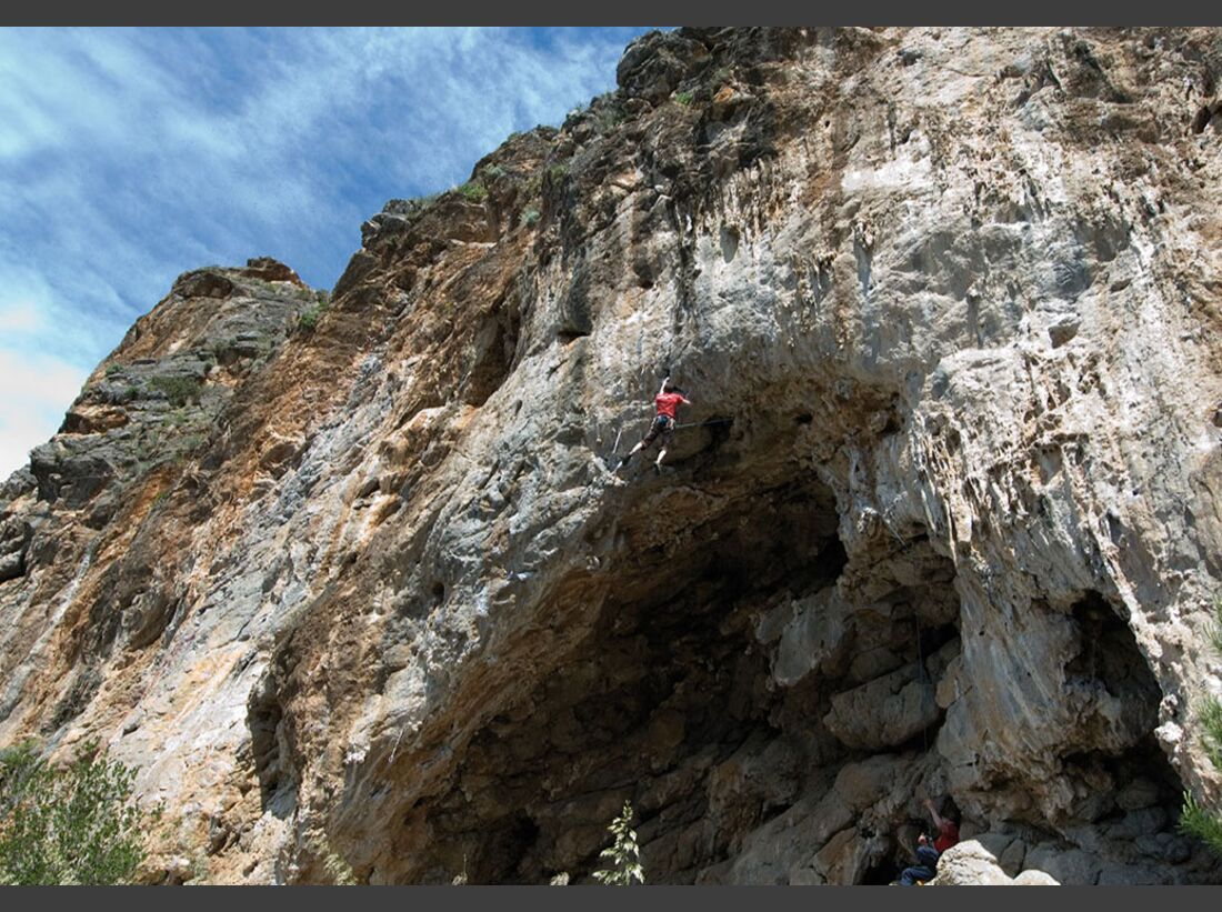 KL-klettern-auf-Mallorca-c-Mark-Glaister-Rockfax-Soller-Phantasmos (jpg)