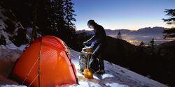 OD Wintertour Zelten Schnee Stirnlampe Bergtour Eis Kälte