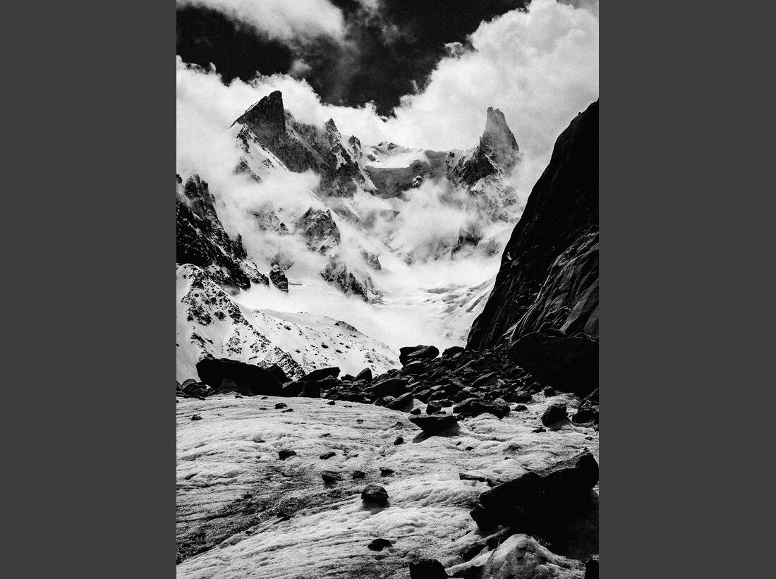 kl-arcteryx-alpine-academy-chamonix-2016-27693966401_f0ecac9b6f_o (jpg)