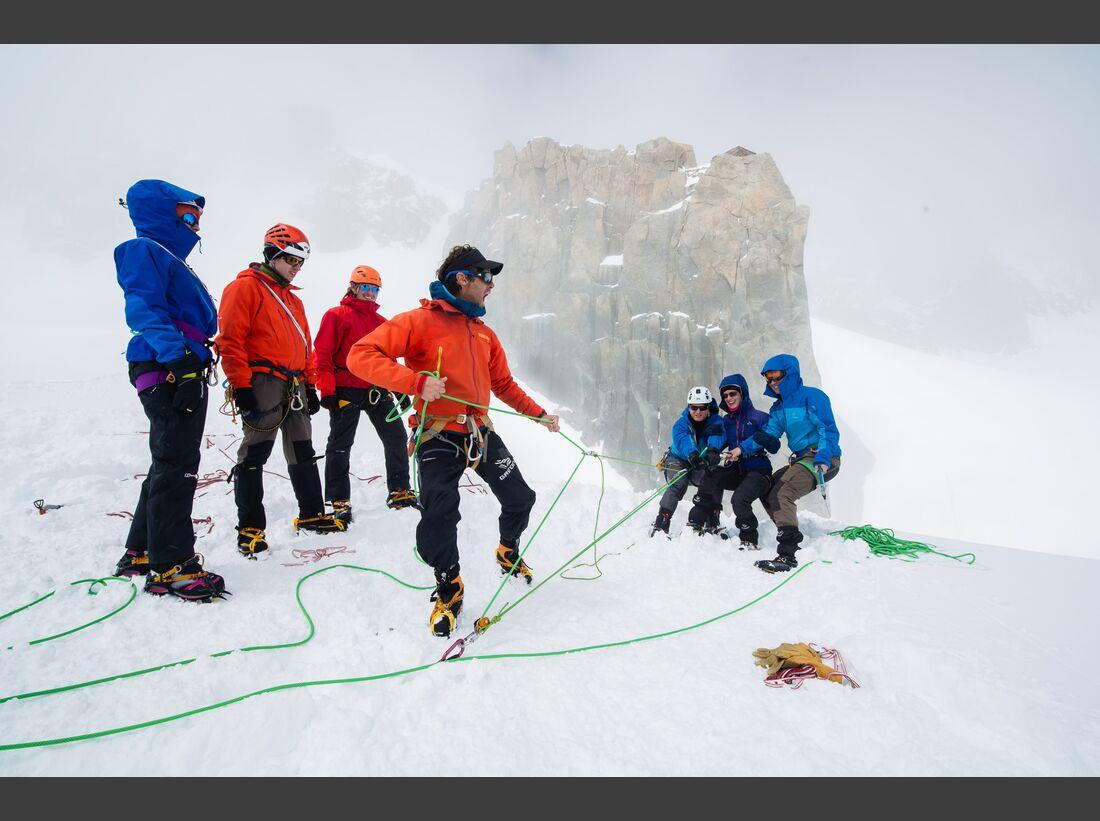 kl-arcteryx-alpine-academy-chamonix-2016-aaRecapPiotr-4 (jpg)