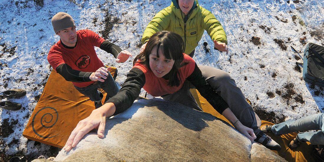 kl-bouldern-england-boulder-britain-peak-district-trackside (jpg)