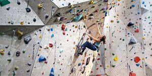 kl-klettern-ein-grad-schwerer-sarah-klettert-teaser-n-16-12-23-Waldau-Edelrid-Ohm-127 (jpg)