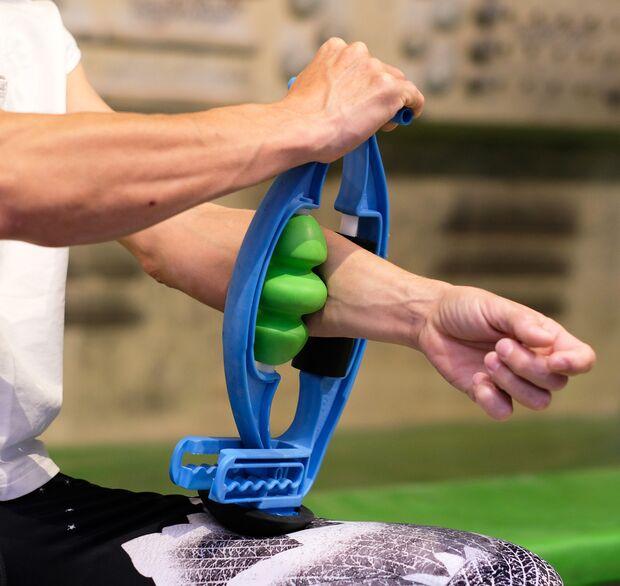 kl-massage-regeneration-klettern-bouldern-rolflex-unterarm-tool (jpg)