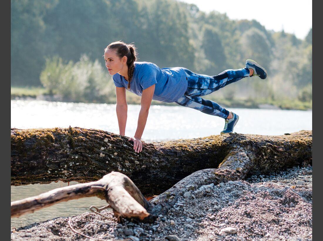 kl-outdoor-gym-jack-wolfskin-felix-klemme-outdoortraining-rumpf-auf-stamm2 (jpg)