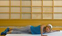 kl-uebungen-klettertraining-verletzungs-praevention-angela-eiter-stretch-schulter (jpg)